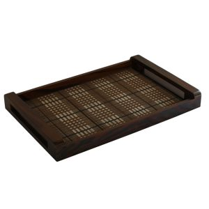 Medium Tray With Check Pattern